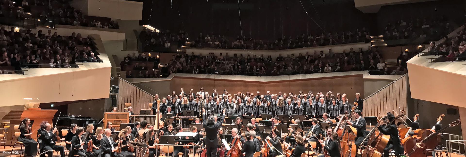 Berliner Mädchenchor – Konzertchor, Philharmoniekonzert mit Rundfunksinfonieorchester Berlin, Foto: RSB