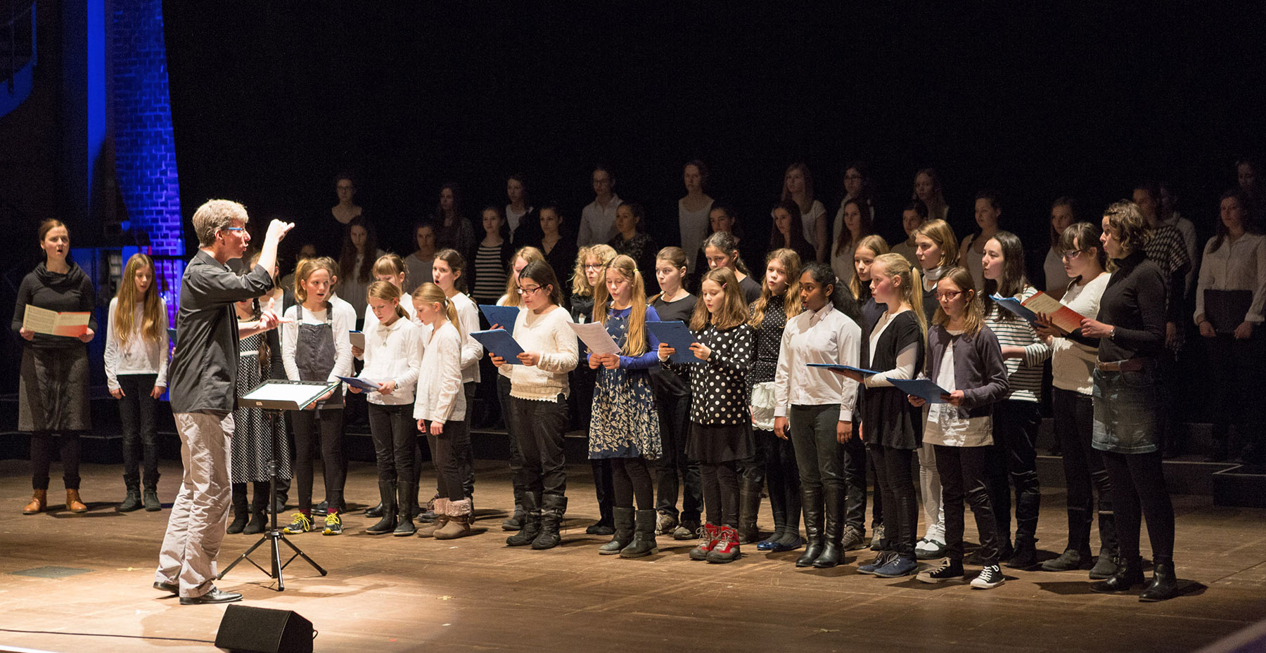 Workshop »Conducing youth choirs« 2015: Closing concert with the Berlin Girls' Choir